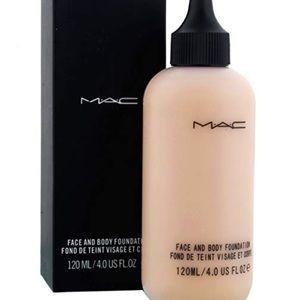 Mac C1 Face & Body Foundation BNIB 120ml